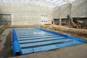 gruntowy-plytowy-wymiennik-ciepla-zamontowany-w-hali-produkcyjnej